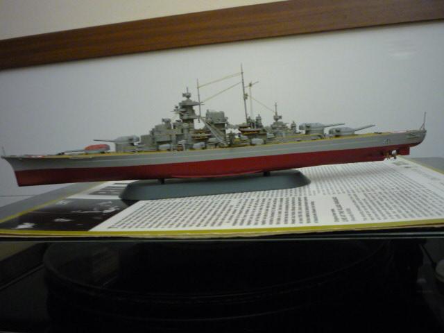 Bismarck (1/700°) de alexander47 P1080628