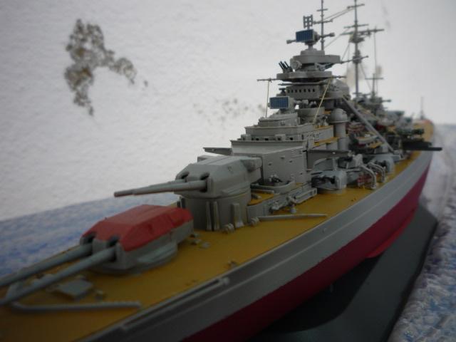Bismarck (1/700°) de alexander47 P1080632