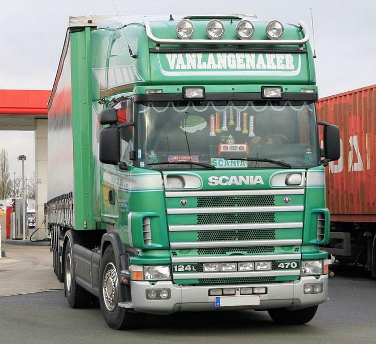 Vanlangenaker (Sint-Truiden) Scania27