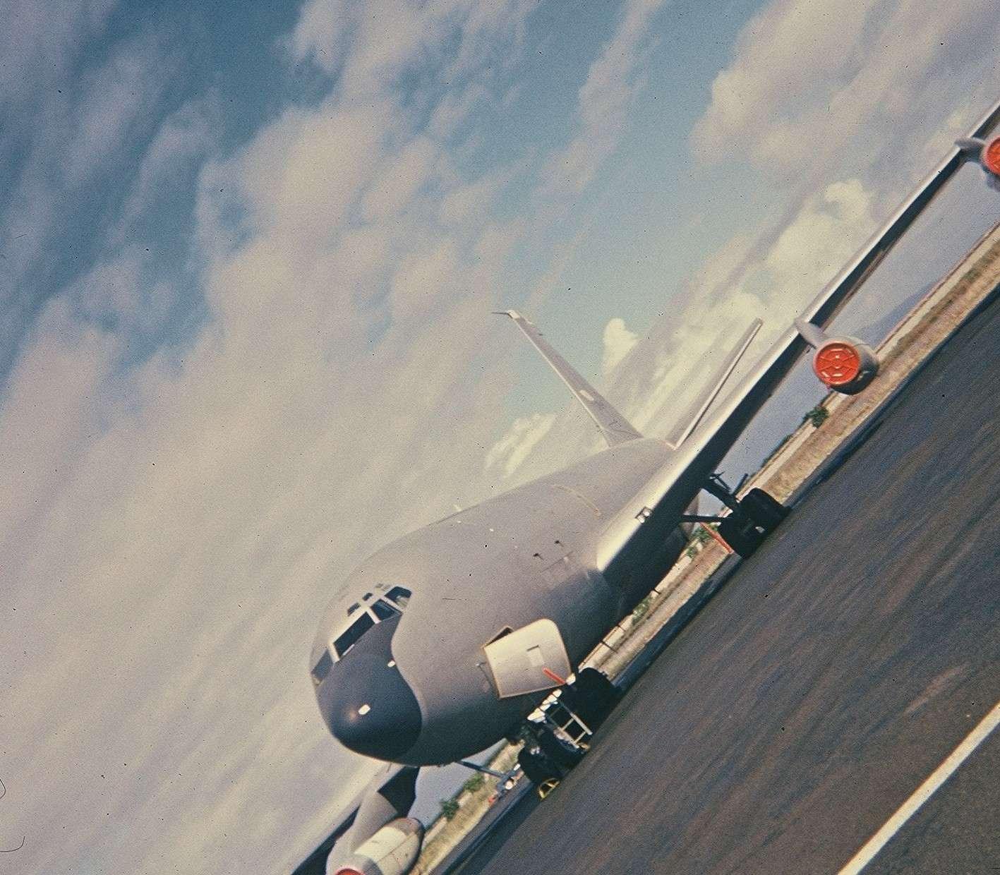 Tahiti] Aéroport Faa'a  durant les campagnes. Cd2_pa23