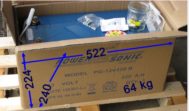 Vends Baterie 12 v - 220 Ah AGM  cse double emploi Batter10