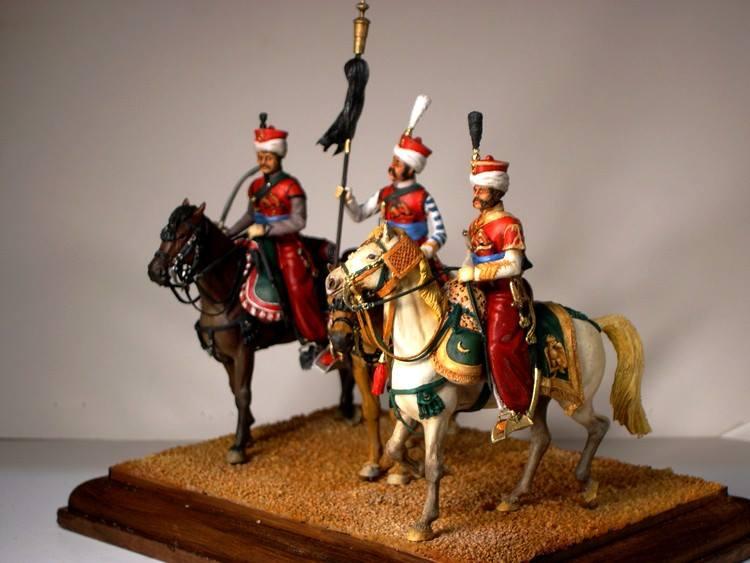 Mamelouk: cavalier, porte toug et officier - Historex 1/30 Mamelo10