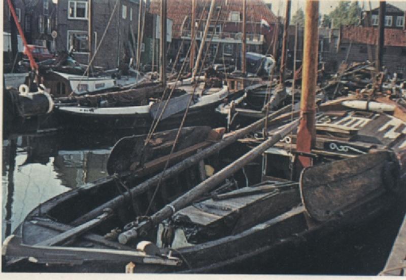Canonnière belge (ex Néerlandaise) N°2 Mantua au 1/43  - Page 6 Barche10