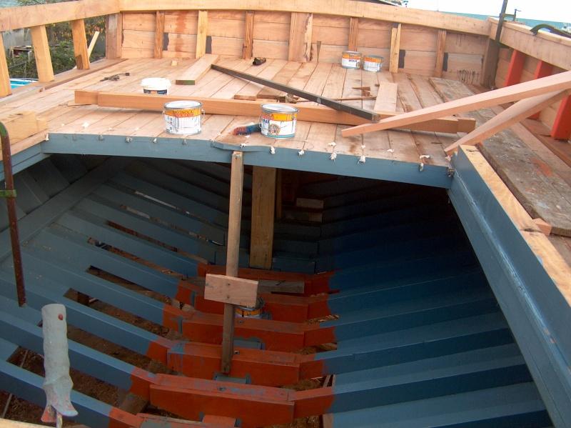 Chantier Naval en bois - Gaeta - Italie Hpim0622