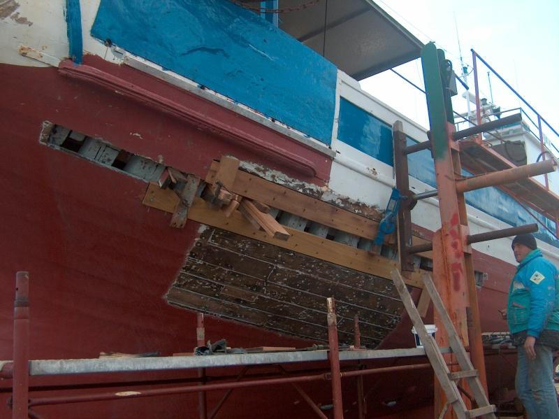 Chantier Naval en bois - Gaeta - Italie Hpim0623