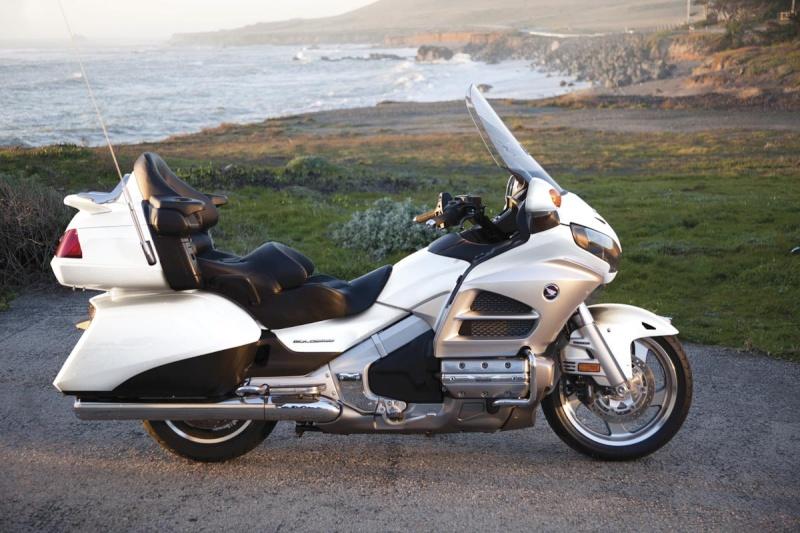 Quel serait la moto de vos rêve ? Gold10