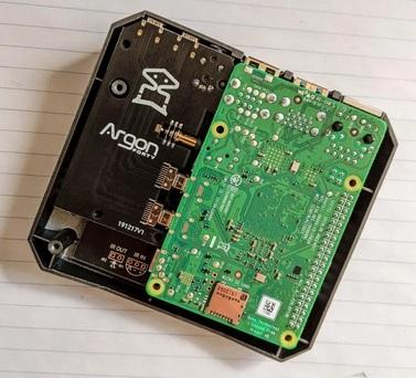 Argon One RPi4 Case. Drt10