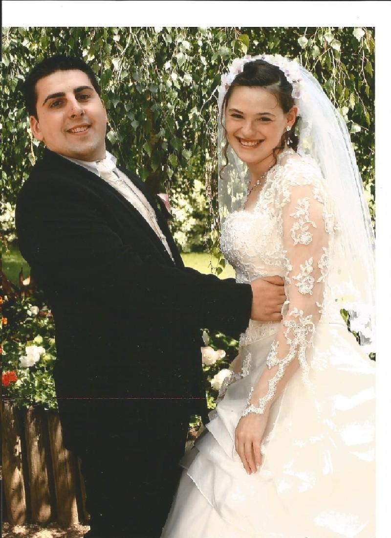 Disney se lance dans la robe de mariée - Page 6 Mariag10