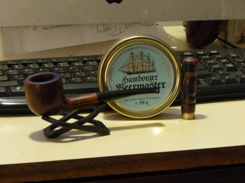 Ed Burak Connoisseur Pipe Shop 1/8 Bent Pot. P1000015