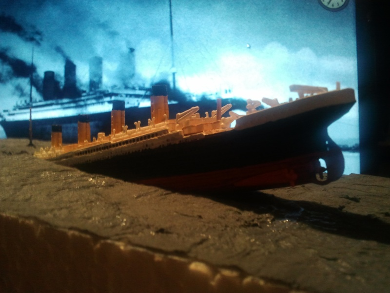 RMS Titanic revell 1/1200  Photo017