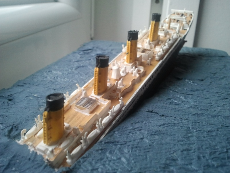 RMS Titanic revell 1/1200  Photo023