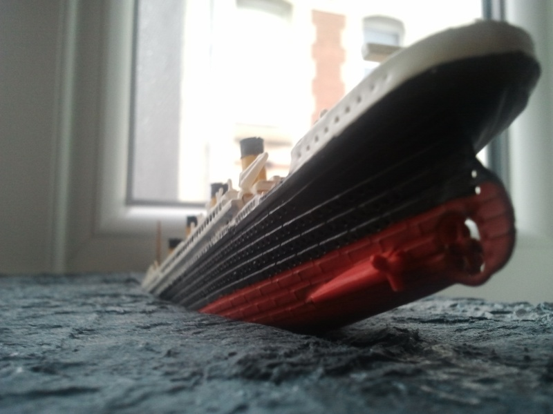 RMS Titanic revell 1/1200  Photo025