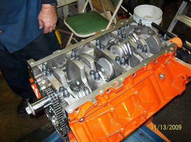 Un 408 cubes dans un Hummer H2 2003 !!! Bottem11