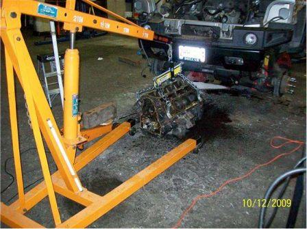 Un 408 cubes dans un Hummer H2 2003 !!! H2_610