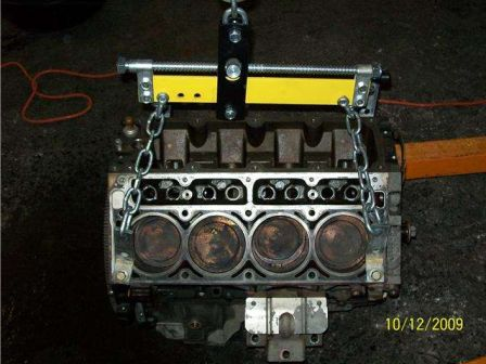 Un 408 cubes dans un Hummer H2 2003 !!! H2_710