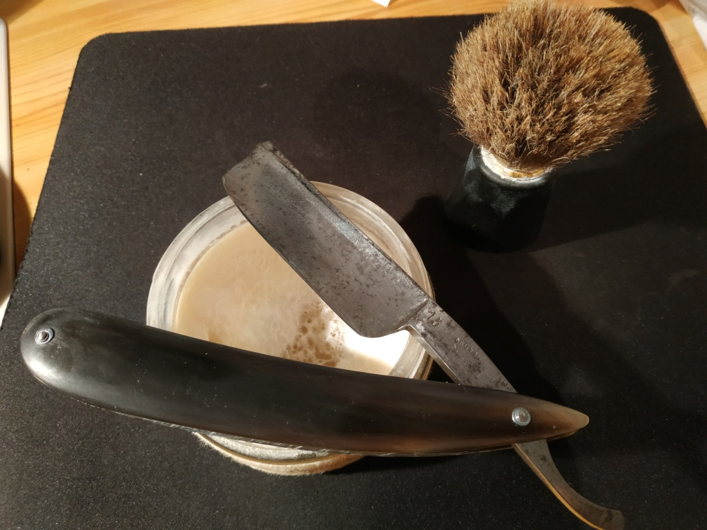 Shave of the Day / Rasage du jour - Page 39 Img_2023