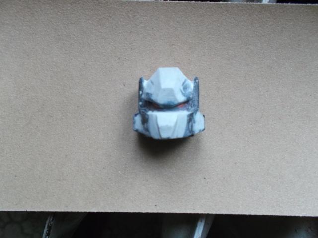 Astuces pour customiser vos Figurines - Page 3 Dscf4117