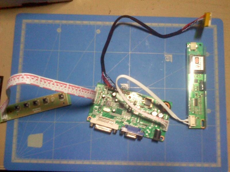 Récupérer et réutiliser l'écran d'un ordinateur portable 03121212