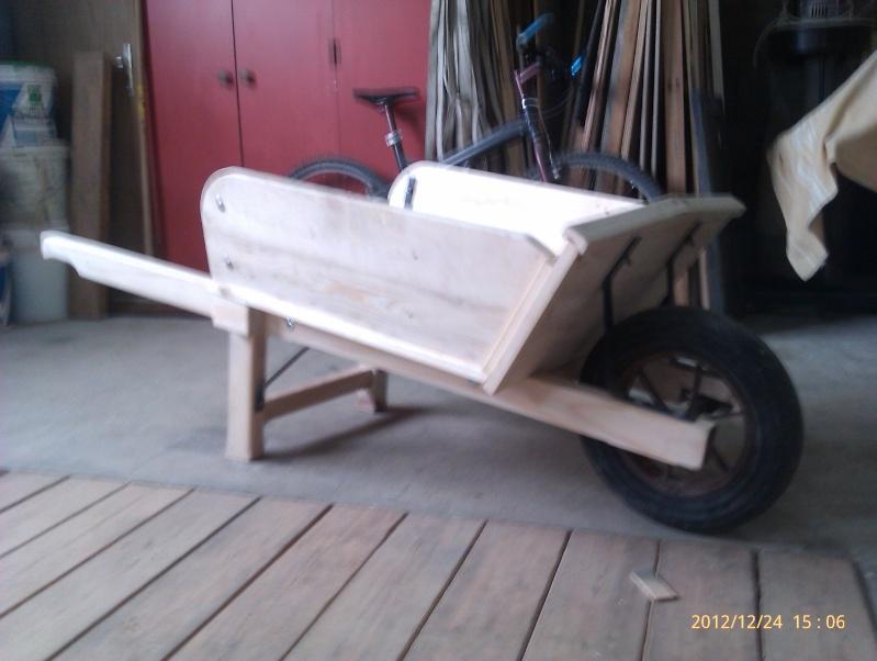 Recherche plan d'une brouette en bois Imag0211