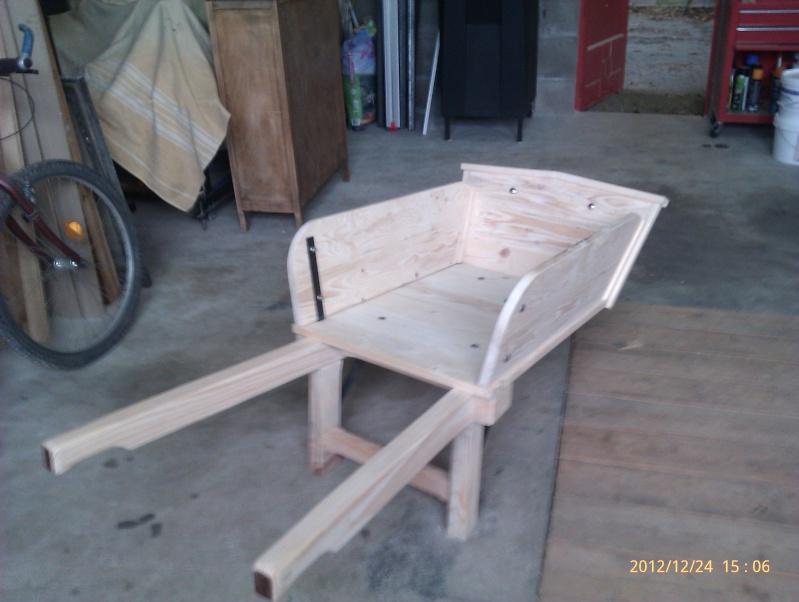 Recherche plan d'une brouette en bois Imag0212