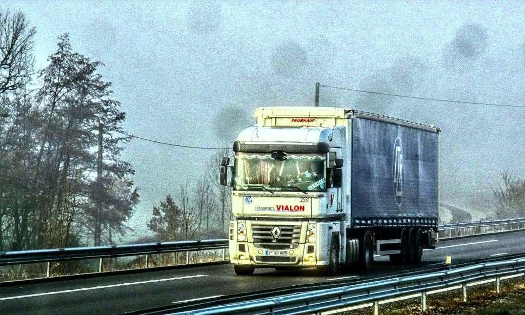 Transports J Vialon (La Fouillouse, 42) - Page 3 Img_2510