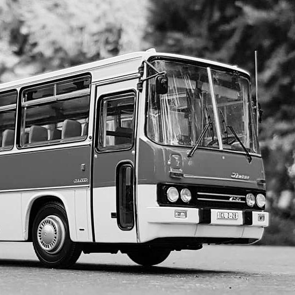Ikarus 256.51 und 250.59 von Classic Bus Img_2012