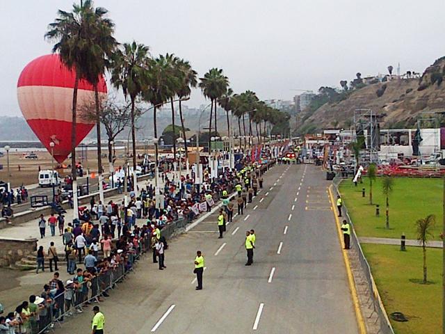 Se inició la edición 34 del Rally Dakar-2013 desde Lima Costav12