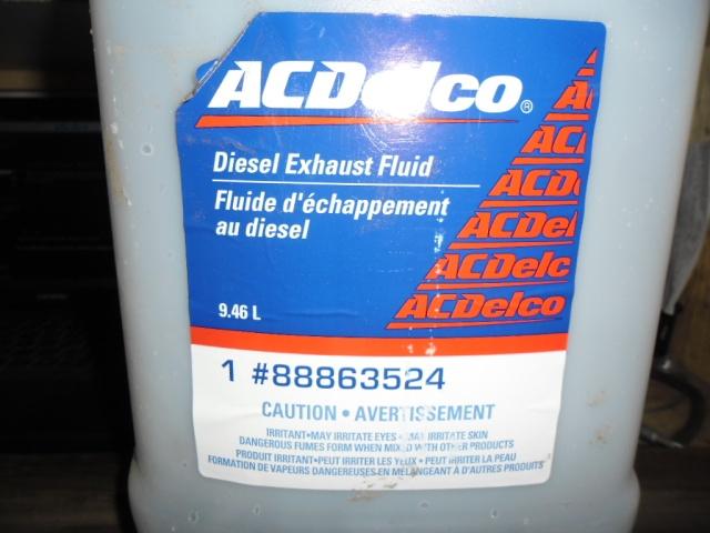 GMC 6.6L diesel, urée (2011) Sam_0212