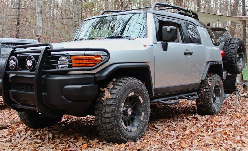 FS: OEM Front Bumper w/ Chassis Fj_cam14