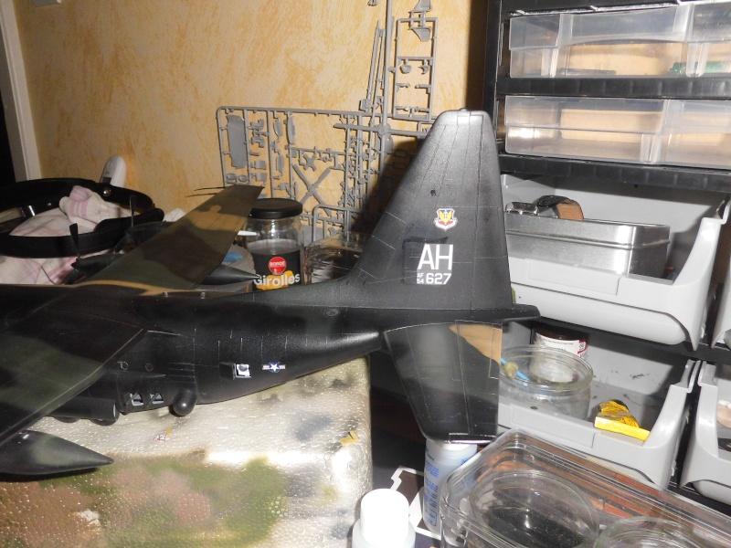Hercules AC-130-A GUNSHIP 1/72 - Page 2 Cimg0017