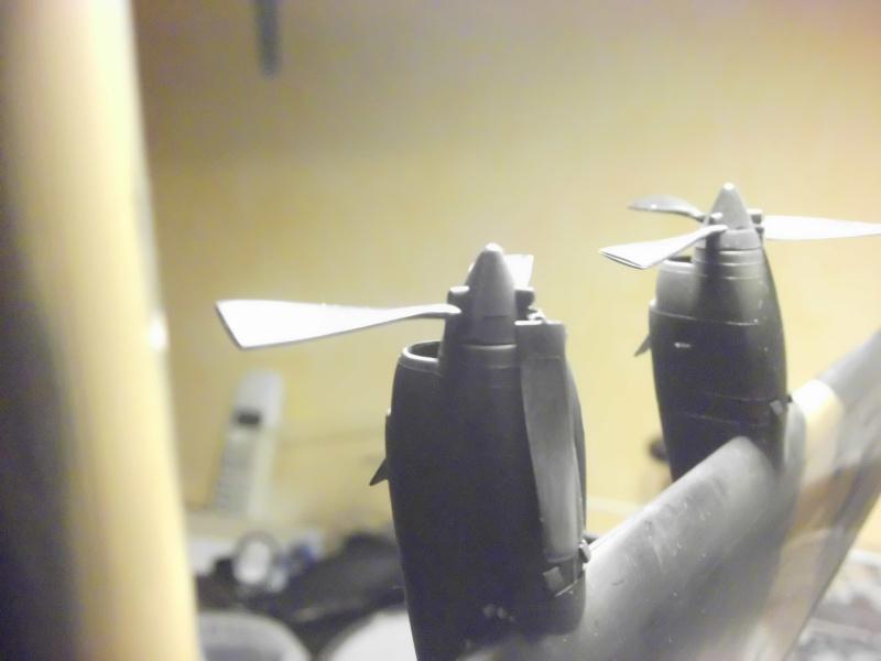 Hercules AC-130-A GUNSHIP 1/72 - Page 2 Hercul83