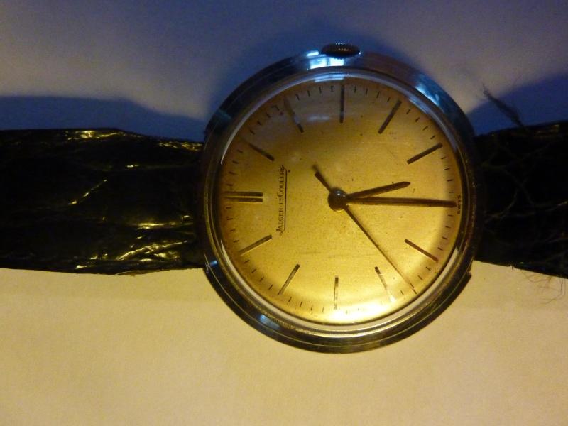 Jaeger -  [Le TOPIC des demandes d'IDENTIFICATION et RENSEIGNEMENTS de montres est ICI] - Page 39 P1010311