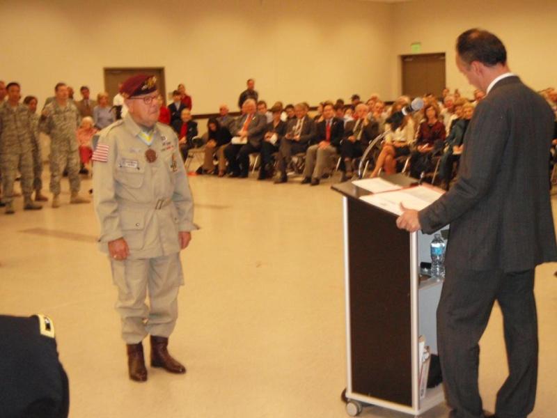 La Légion d'Honneur pour John Devanie, 509th PIB Devani11