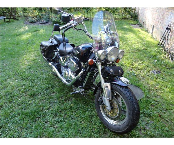 Steen G's .......... 1997 Suzuki Marauder 211
