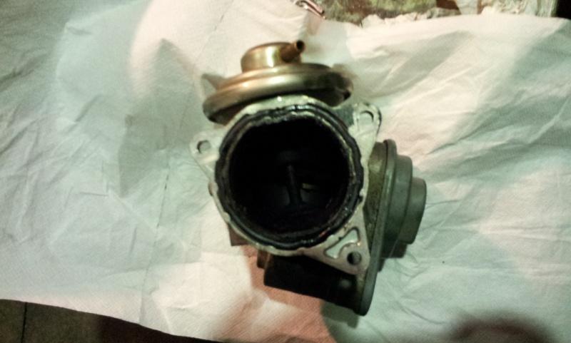 Acquisto corpo farfallato valvola EGR motore VW 2.0 DID 20121012