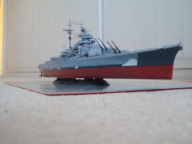 Présentation du Bismarck de chez Revell au 1/350 54210