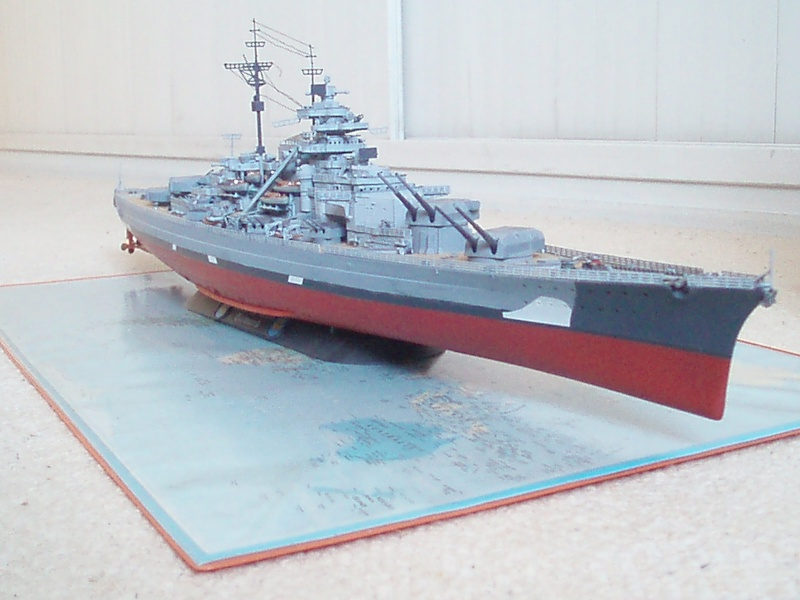 Présentation du Bismarck de chez Revell au 1/350 54310