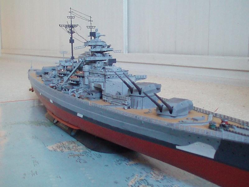 Présentation du Bismarck de chez Revell au 1/350 54410