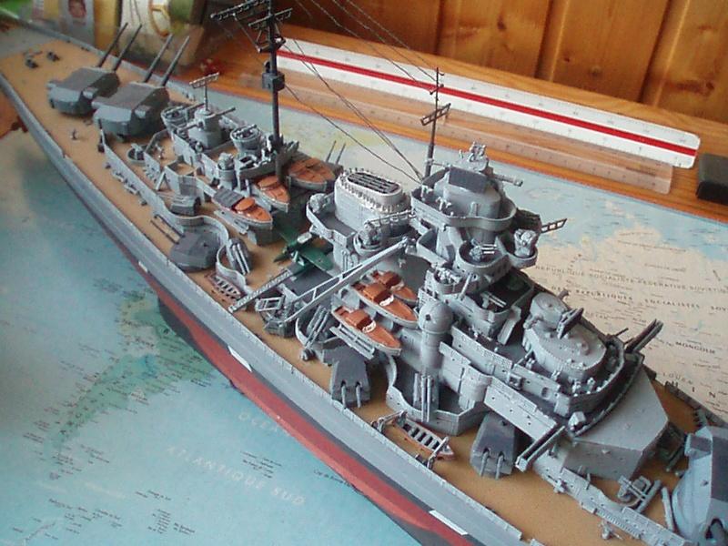 Présentation du Bismarck de chez Revell au 1/350 54710
