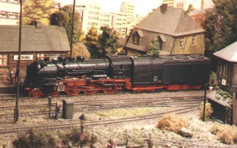 Variationen der Reichsbahn (DR) 17_11110