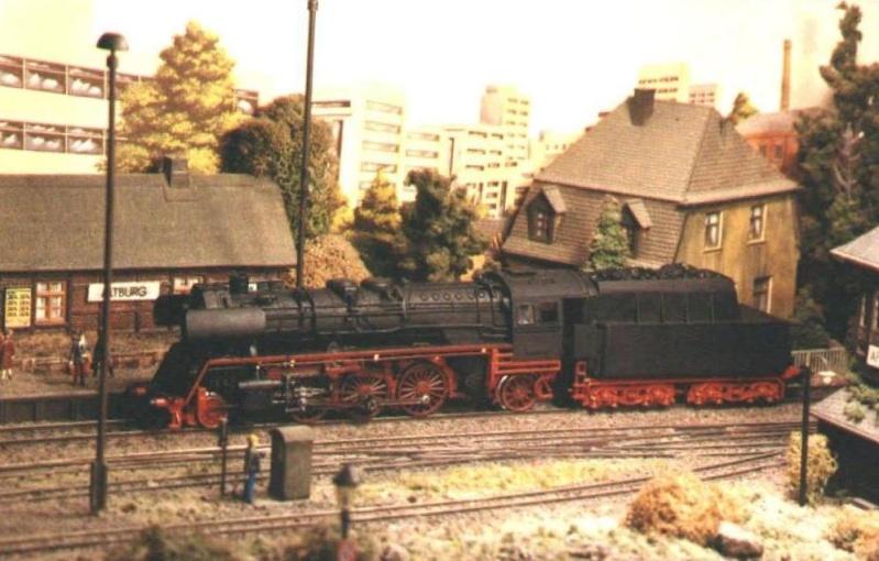 Variationen der Reichsbahn (DR) 23_10011