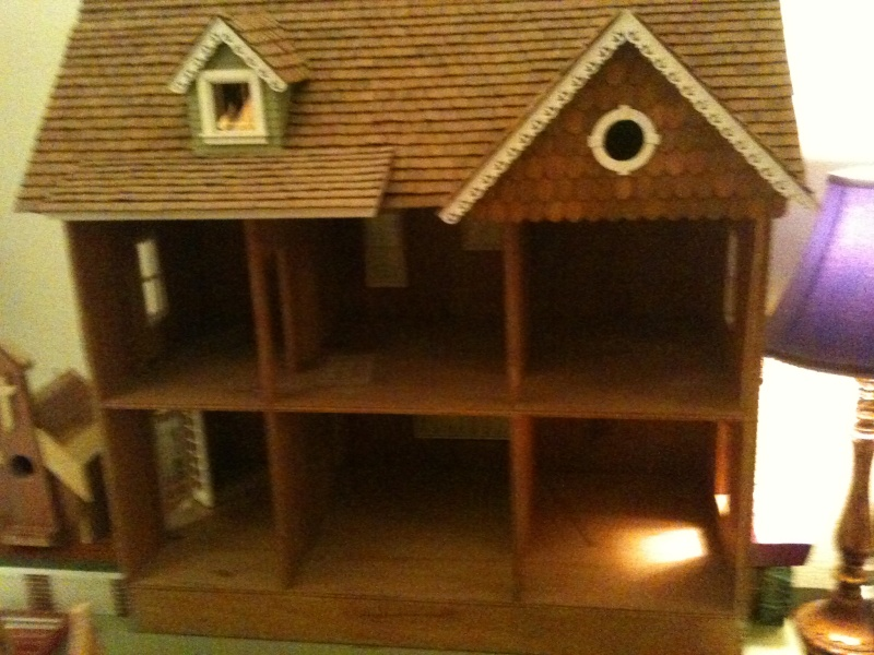 Real Good Toys Front-Opening Country Victorian Dollhouse Kit - 1 Inch Scale Photo_15