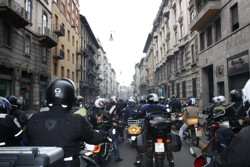 MOTOBEFANA BENEFICA MILANO Immagi25