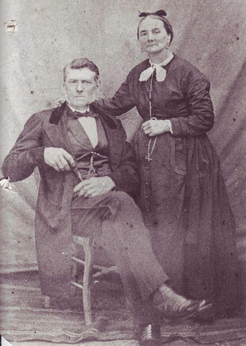 Photo couple inconnu prise par LACROIX photographe au Havre Famille CAUMONT ? Inconn16