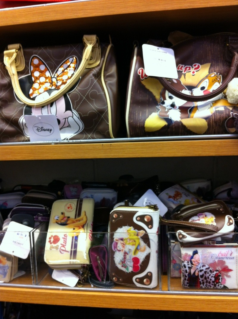 Les accros du shopping (hors parc) - Page 38 Img_0612