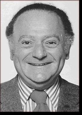 Biographie des auteurs Albert Uderzo et René Goscinny Rene-g10
