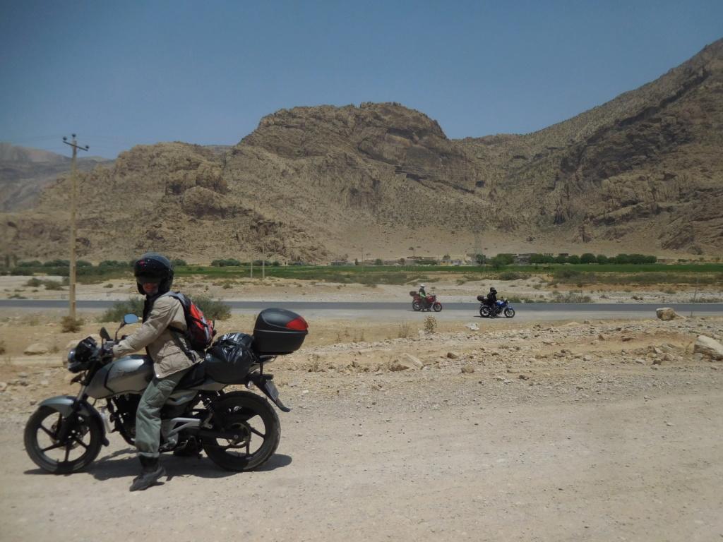 IRANDARIUS voyage à  moto Dscn1130