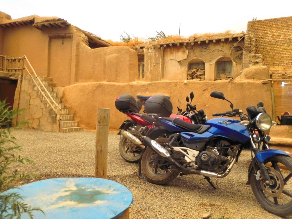 IRANDARIUS voyage à  moto Dscn1323