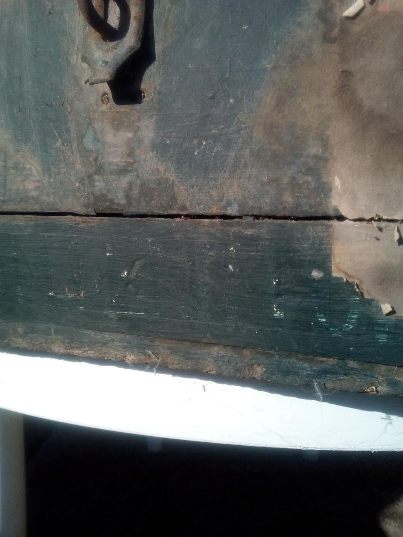 Caisse en bois trouvée en déchetterie  Img_2068