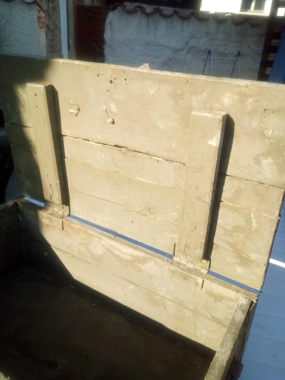 Caisse en bois trouvée en déchetterie  Img_2069